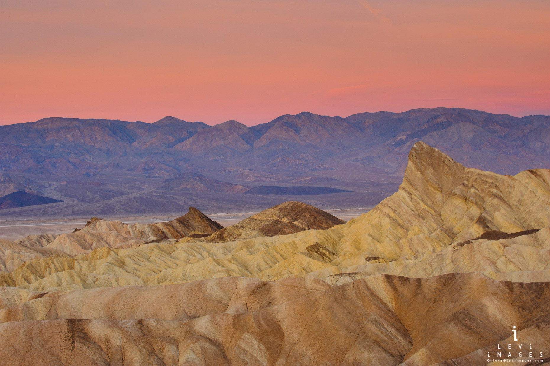 Zabriski Point sunrise. Death Valley NP