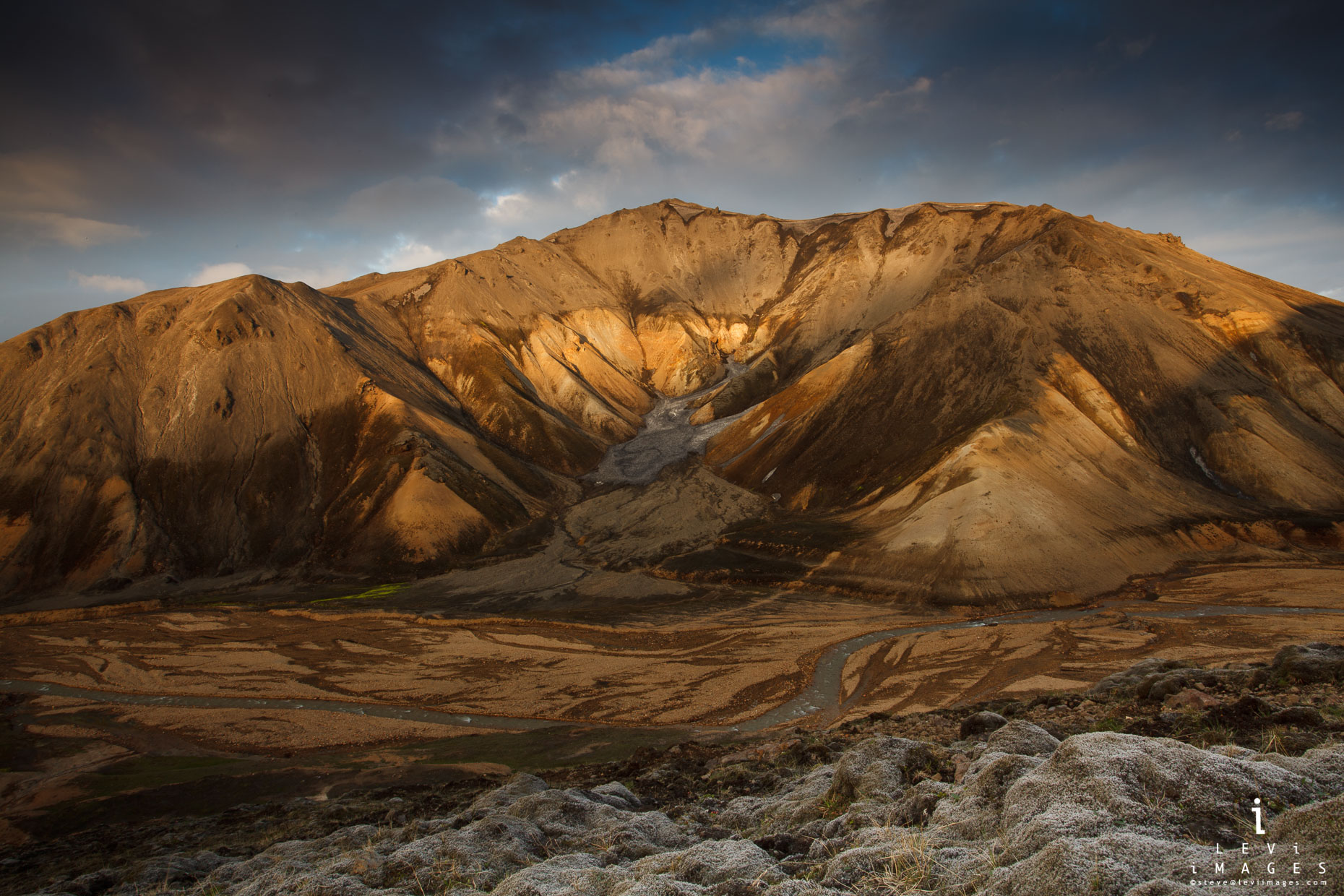 Mt Blahnukur at sunset. Landmannalaugar, Iceland